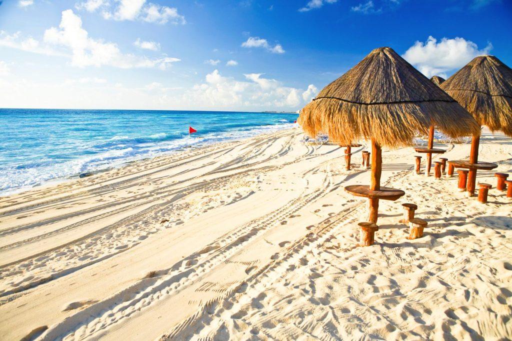 Wonderful-beachs-in-Cancun-s